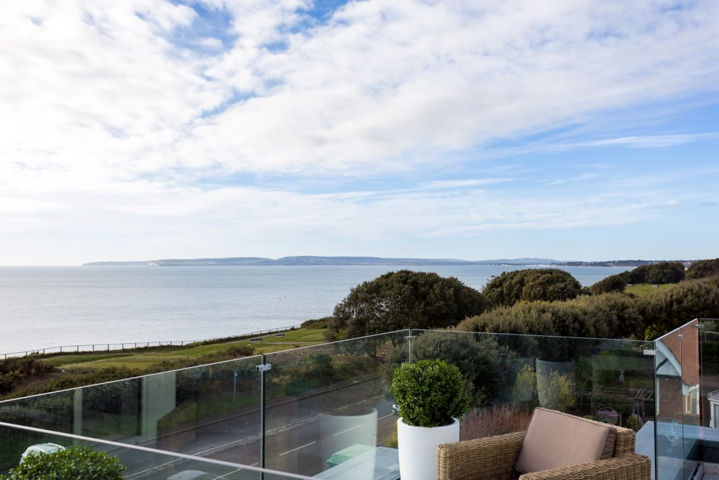 NEW BUILD, SOUTHBOURNE OVERCLIFF - SEA VIEWS! featured image