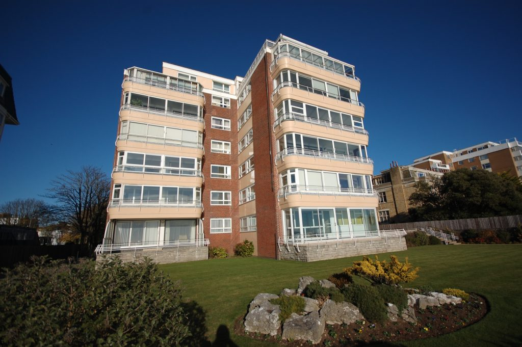NEW INSTRUCTION - MAGNIFICENT SEA VIEWS! featured image