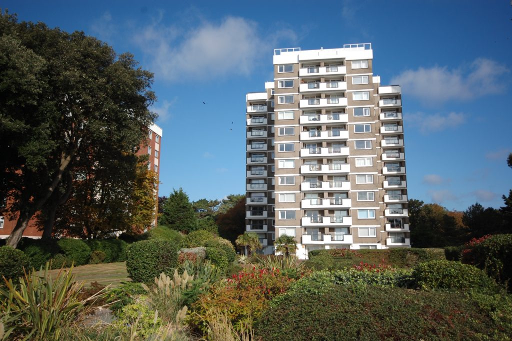EAST CLIFF - NEW INSTRUCTION featured image